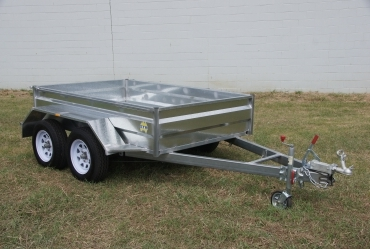 23. Tandem Box Trailer with Override Brakes